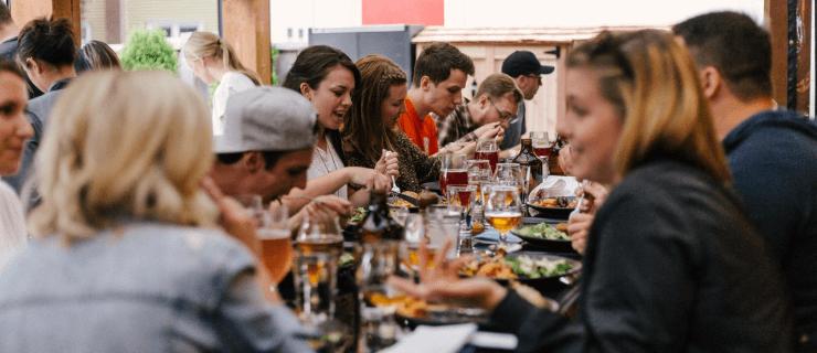 dinner-for-team-building