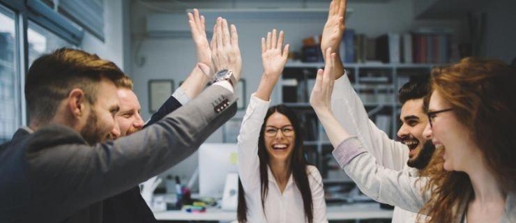 Employés satisfaits au travail