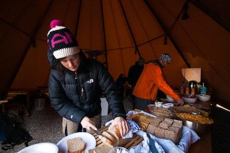 Mat på High Camp Turtagrø