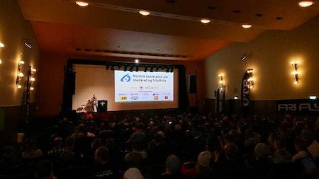 Krister Kristensen fra NGI og styringsgruppen åpner konferansen fredag morgen. Foto: Adam Tumidajewicz