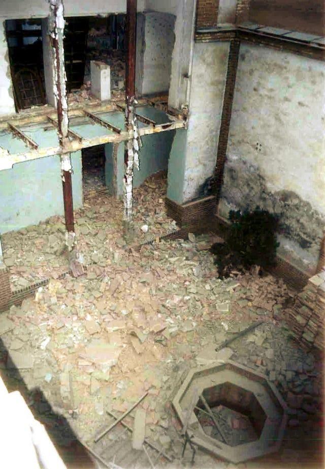 An interior courtyard of the historic House of Mirza Abbas Nuri (Mirza Buzurg), Tehran, June 2004.