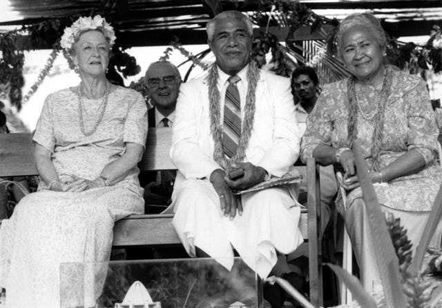 His Highness Susuga Malietoa Tanumafili II, center, head of state of Samoa, died on 11 May 2007. He is pictured at the dedication in 1984 of the Baha'i House of Worship in his country. At right is his wife, Lili Tunu, and at left, Madame Ruhiyyih Rabbani.