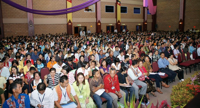 The 1,300 people gathered in Kuching, Sarawak, in Malaysia, made it the largest Baha'i event ever held in that region.