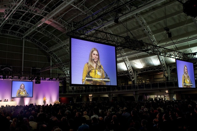 The London gathering attracted 3,200 participants and occurred in the 10th week of 18 consecutive weeks of conferences.
