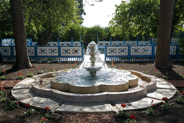 Some two kilometers southeast of the historic city of Acre, the Ridvan Garden - created for Baha'u'llah - has been restored to its original island setting. The centerpiece is a fountain from which water is conveyed into a canal that runs past the garden.