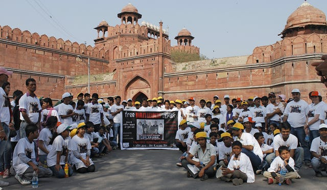 In New Delhi, campaigners from United4Iran, the Trans Asia Alliance and the Asian Center for Human Rights joined Baha'is in a peaceful march on Sunday 1 April across the city, calling for the release of Iran's jailed seven Baha'i leaders. Following the march, the group gathered at the city's famous Red Fort.