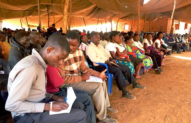 Over 550 Lunda Baha'is deliberate on their contribution to the development of their people
