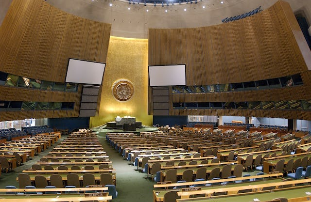 An interior view of the United Nations General Assembly hall, New York City. The annual resolution on human rights in Iran was approved yesterday by a vote of 85 to 35 with 63 abstentions by the General Assembly's Third Committee. Photo credit: UN/Sophia Paris