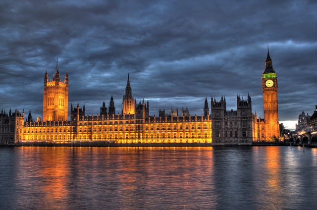 The British Parliament building in London (photo courtesy of Maurice, Wikimedia Commons)