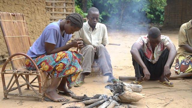 En  Dilala, los habitantes empiezan el día con reuniones de oración.