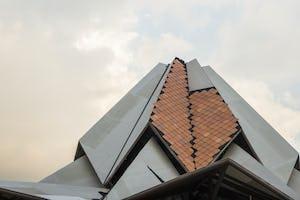 La forme de la maison d'adoration locale du Norte del Cauca est devenue plus distincte ces dernières semaines, les principaux éléments structurels étant maintenant achevés.