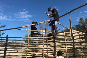 The Local Spiritual Assembly of Dondo helped organize a group of young people to repair homes damaged by Cyclone Idai. This video shows some of those young people helping build a new house for Norge Joao, his wife, and nine children.