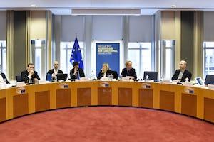 El lunes, cerca de 50personas asistieron a un foro sobre religión y sociedad europea, organizado conjuntamente por la CIB, el Parlamento Europeo y la Universidad de Groninga, Países Bajos.