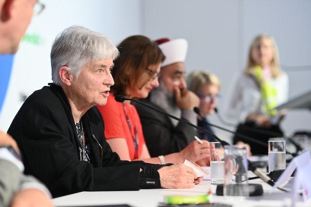 Sœur Patricia Ryan, fondatrice et présidente de l'ONG « Human Rights and the Environment », a souligné l'importance de travailler avec les populations locales. (Crédit : EDD Bruxelles)