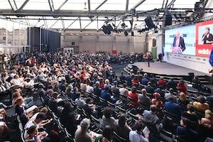 Le 18 juin, plus de 70 personnes ont assisté à une session sur le rôle de la religion dans le développement, dans le cadre des Journées européennes du développement, une importante conférence internationale à Bruxelles, à laquelle ont assisté environ 8 000 personnes. (Crédit : EDD Bruxelles)