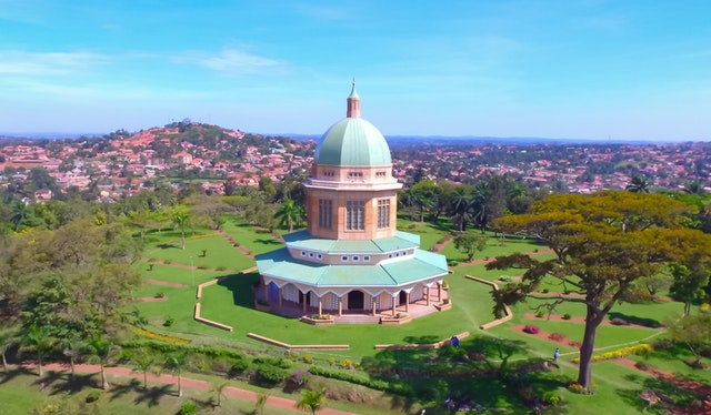 The community near the House of Worship in Kampala, Uganda, is reflecting on what it means to interact with a Temple, drawing on the power of prayer and divine guidance, Santos Odhiambo, the Secretary of the National Spiritual Assembly of Uganda, explains in the latest BWNS podcast episode.