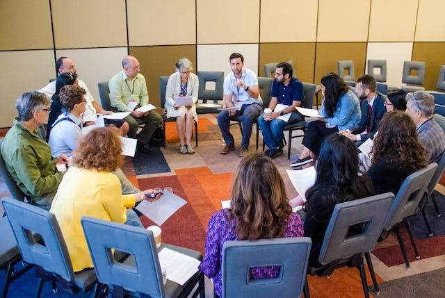 La 43e conférence annuelle de l'Association pour les études bahá'íes a permis aux participants de réfléchir aux efforts qu'ils déploient pour contribuer à la transformation spirituelle et sociale. (Crédit photo : Louis Brunet)