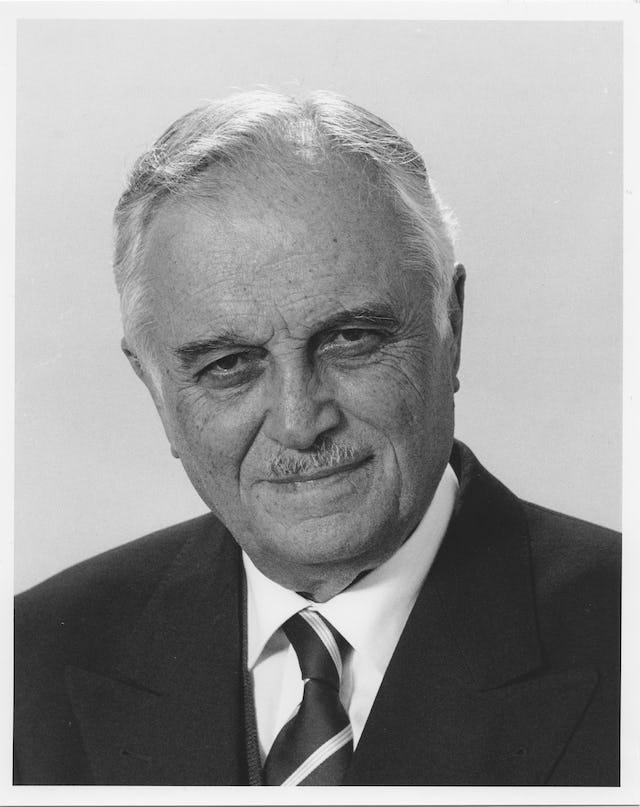 El Sr. 'Ali Nakhjavani