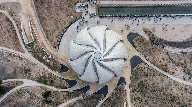 """The Bahá'í Temple was a community project. Numerous volunteers worked on this project, similar to a way a community project works in a small village, but this was on a global scale,"" explains Diarmuid Nash, a distinguished Canadian architect and Chair of the Jury.   ""But the Temple went beyond the community,"" he continues. ""It extended the principles of the Bahá'í Faith—that every person is equal, that every person can come here to reflect and regenerate. It had this impact that rippled beyond the community and attracted more and more people from all walks of life."""