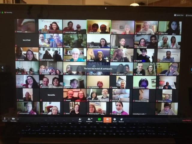 Plus de 180 personnes à travers la Belgique et le Luxembourg ont organisé ensemble une célébration en ligne, toutes connectées depuis leur domicile.