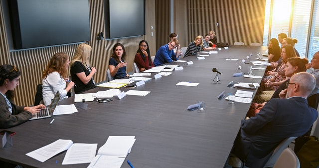 Photograph taken before the current health crisis. A series of structured discussions held by the Bahá'í community of Australia in collaboration with First Draft and the Centre for Media Transition, is bringing together media practitioners to reimagine the Australian media landscape.