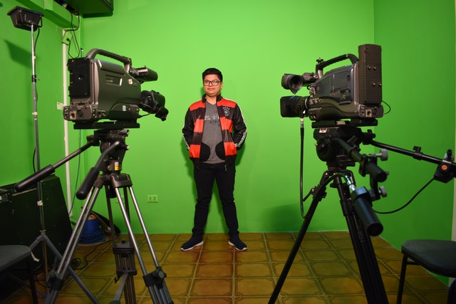 Despite the challenges facing all educational institutions, Nur University in Bolivia adapted quickly, ensuring that all of its students were closely engaged and not left to themselves. A unique feature of the university's approach is that it promotes service to society as a critical element in one's life. Pictured here is a student preparing an educational video on health and safety for distribution among students and the local community.