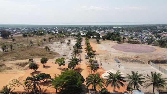 Situated on the outskirts of Kinshasa, the site was host to government officials, representatives of religious communities, and traditional chiefs.