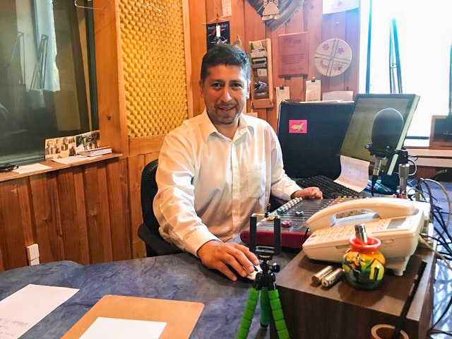 """""""The radio plays a vital role in promoting the noblest aspects of the Mapuche people, and contributes to a sense of hope and comfort in this crisis,"""" says the coordinator of Chile Bahá'í Radio, Alex Calfuquero."""