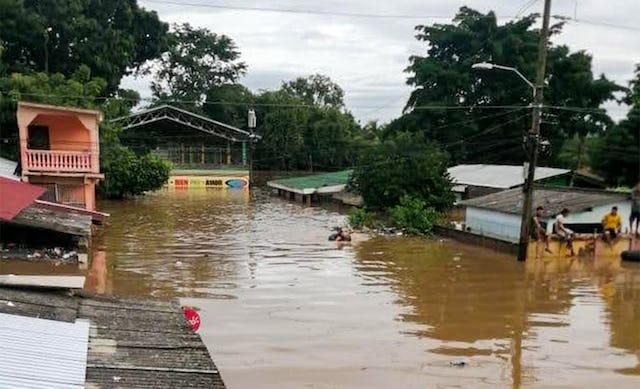 Los huracanes Eta y Iota figuran entre las tormentas más violentas que han azotado Centroamérica en los últimos 20 años. Las fuertes lluvias causaron inundaciones generalizadas, dejando las comunicaciones, la electricidad y las carreteras en una situación muy precaria en muchas zonas.