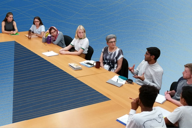 A course offered by the Bahá'í Chair for World Peace at the University of Maryland explores societal issues in the light of moral principles, such as the elimination of prejudice