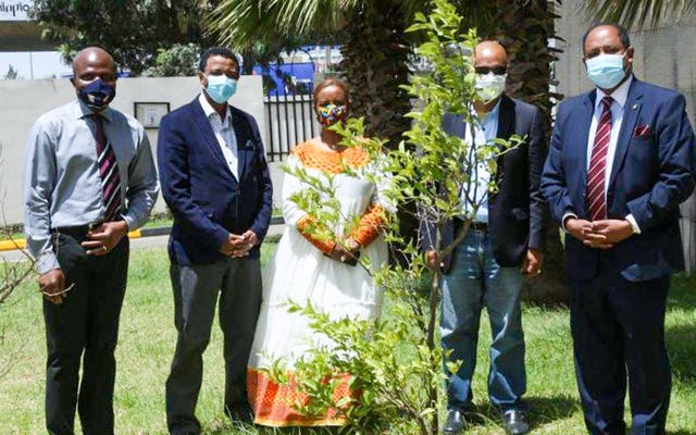 Solomon Belay from the BIC office in Addis Ababa (second from left) with representatives of faith-based organizations and civil society at an event on World Environment Day in June .