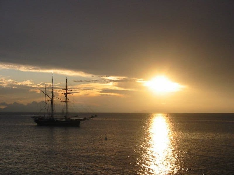 must see east coast whitsunday islands sailing