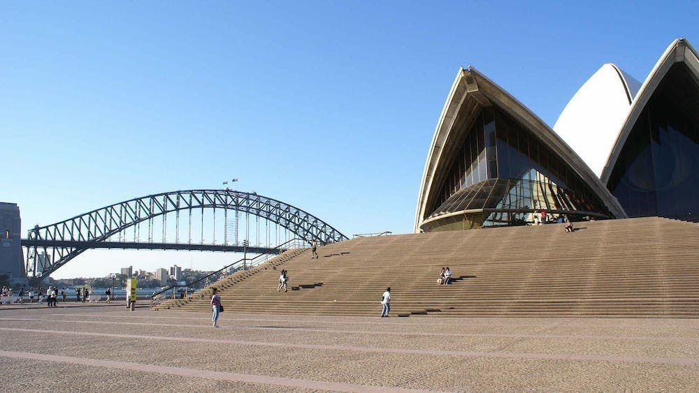 must dos in sydney opera house steps