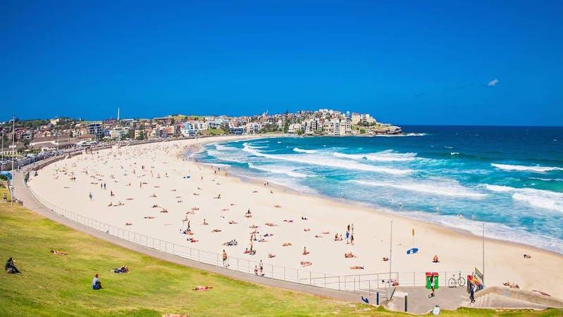 sydney attractions bondi beach