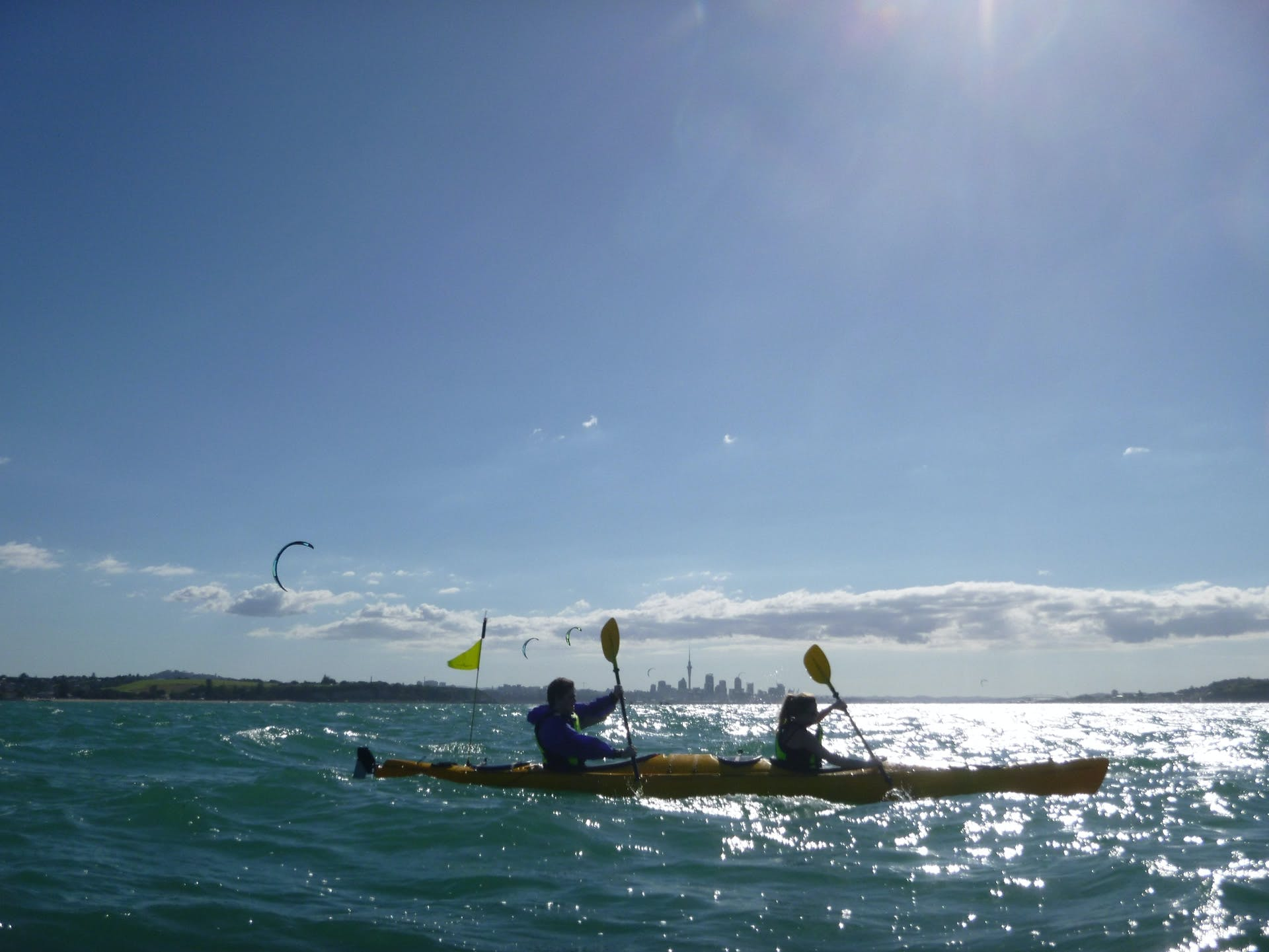 auckland activities, sea kayak to rangitoto