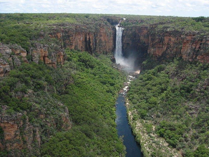 reasons to visit australia gigantic waterfalls