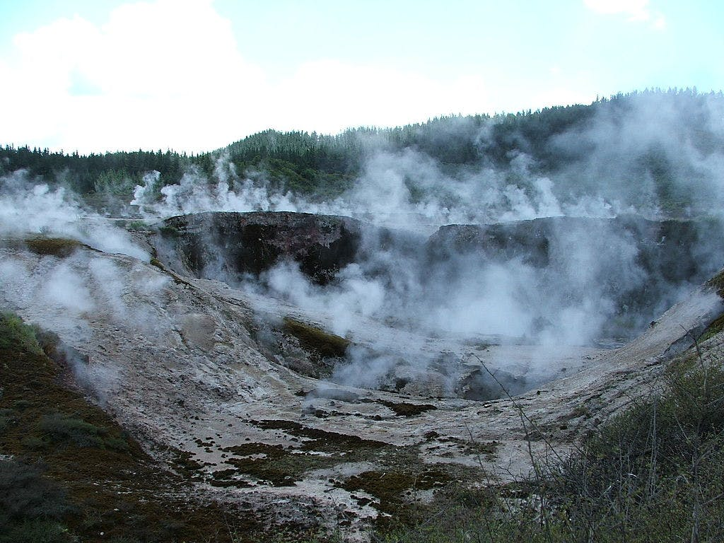 budget things to do in taupo craters of the moon