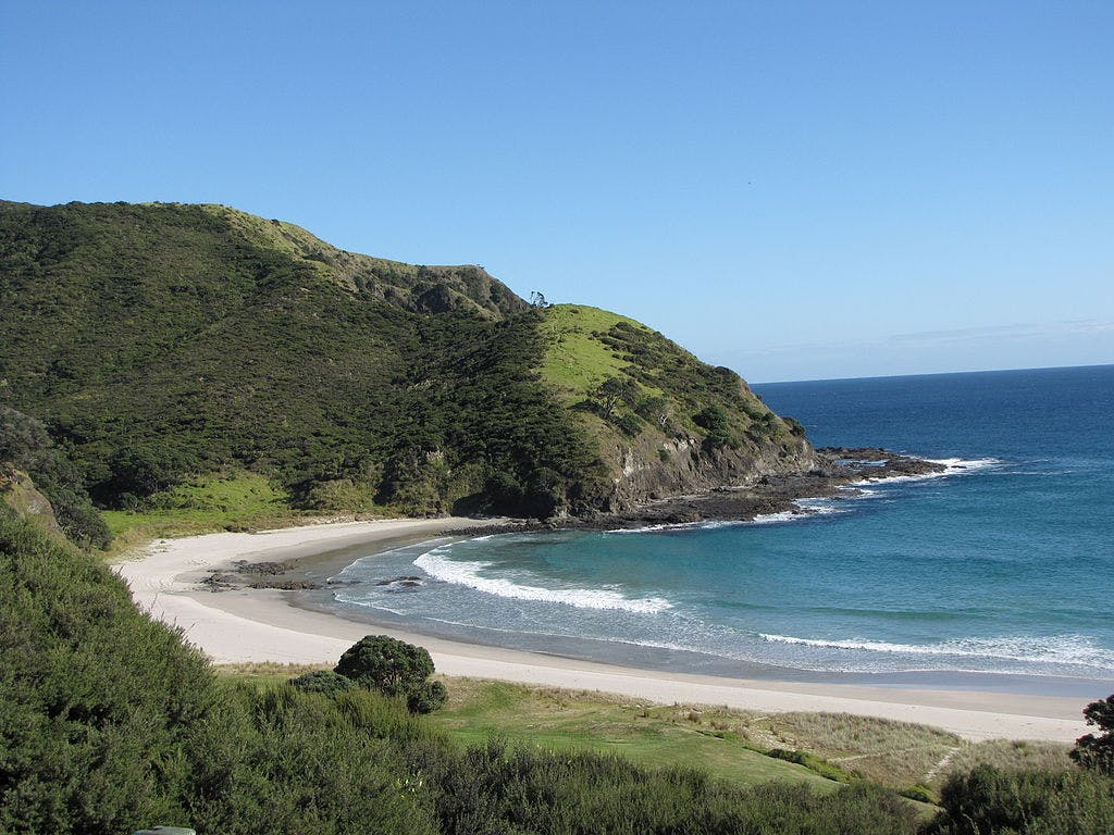 best secret beaches new zealand