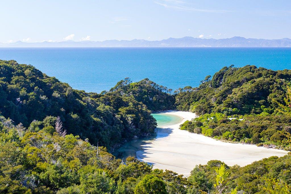 abel tasman stunning scenery