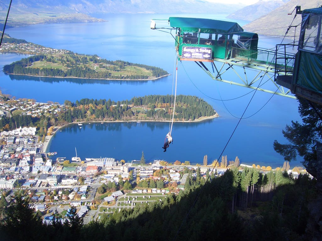 queenstown bungy jump crazy new zealand experiences