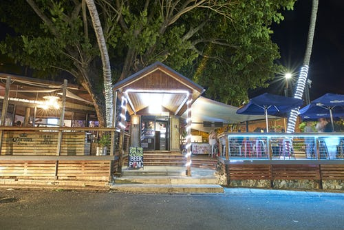 base airlie beach backpackers