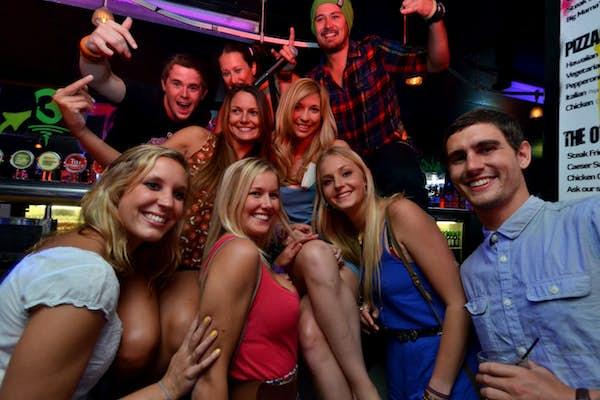 queenstown bar best travel companions