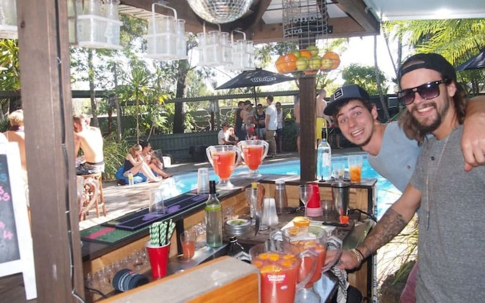 noosa nomads backpackers