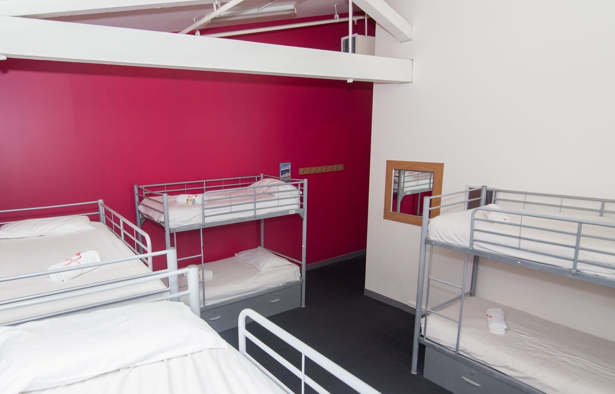 female only dorm at base sydney backpackers