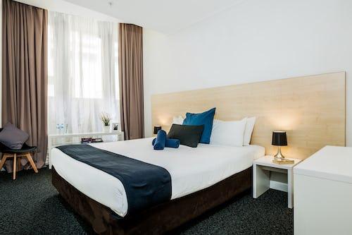 private king room at base sydney hostel