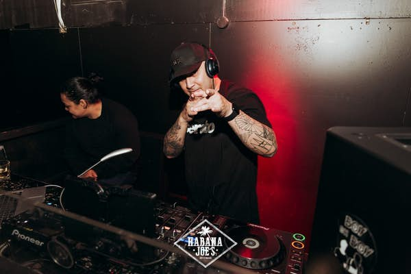 live djs at habana joes auckland bar