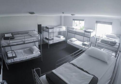 10 bed dorm at byron bay nomads hostel