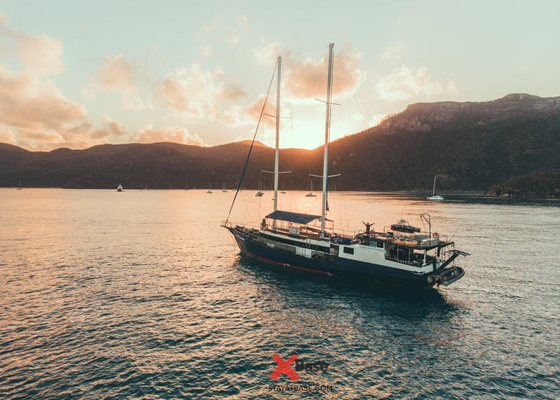 atlantic clipper whitsundays sailing
