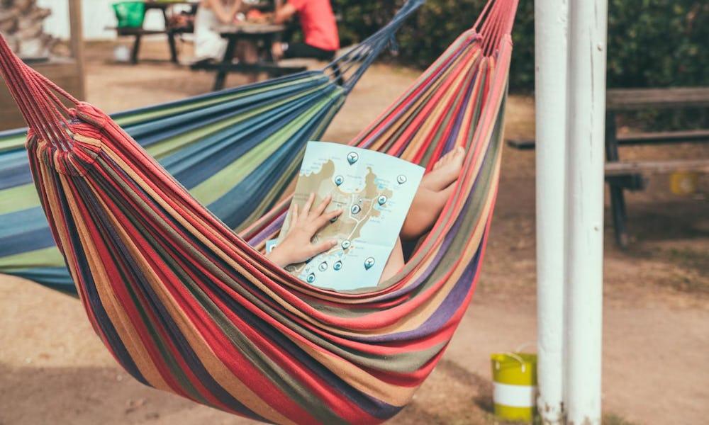 hammocks at base backpackers magnetic island