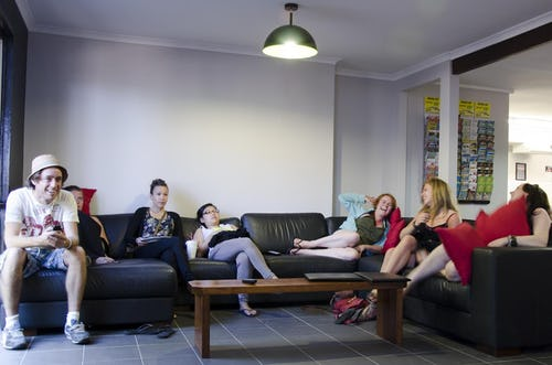 lounge at base backpackers airlie beach